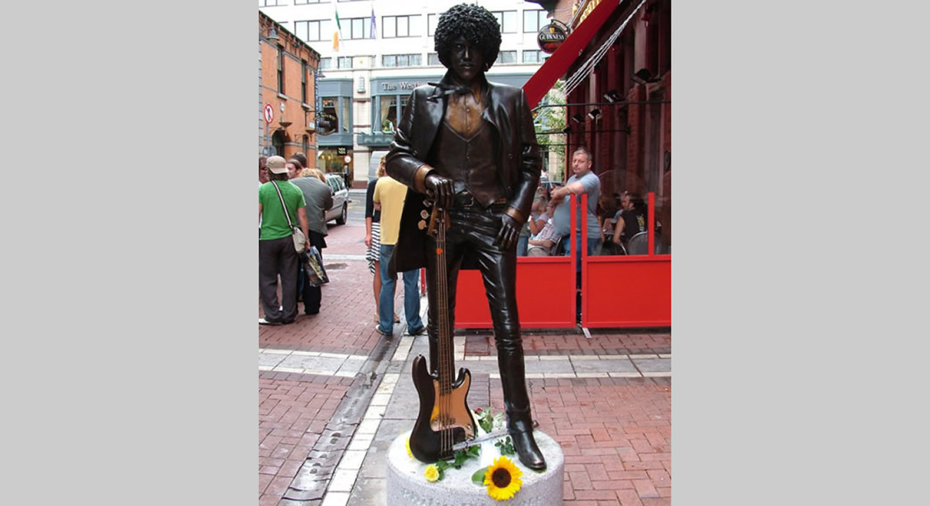 phil-lynott-bronze-cast-statue-larger