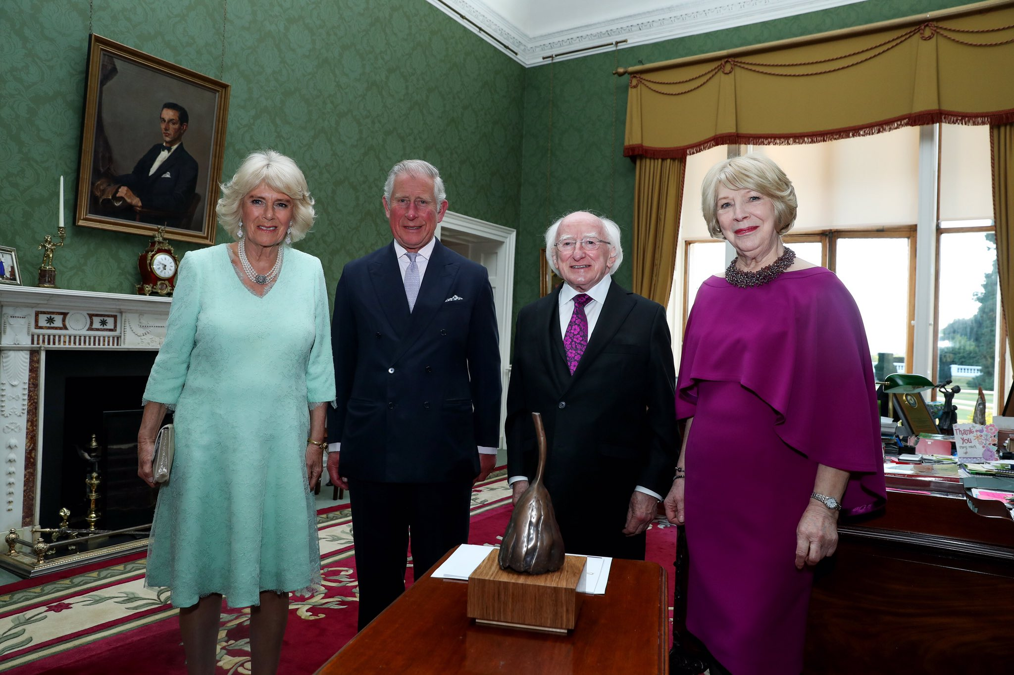 president-of-ireland-prince-charles-presentation-of-climate-bell